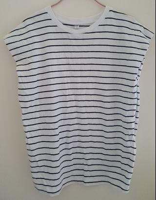UNIQLO橫間上衣/ UNIQLO Striped Top