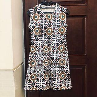 Preloved ZARA vintage mozaic dress