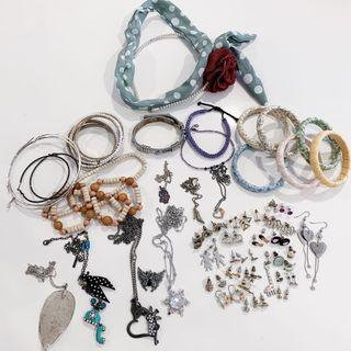 🚚 (Selling my whole stash) earrings, necklaces, bracelets, hair accessories