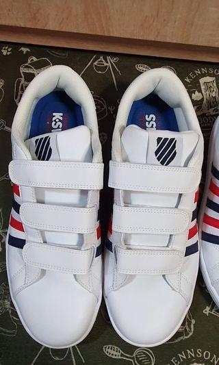 K SWISS運動休閒鞋 95成新 只穿過一次 兩雙