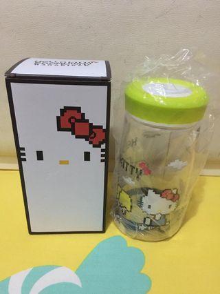 Hello Kitty 水壺