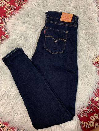 Brand new woman Levi's Jeans