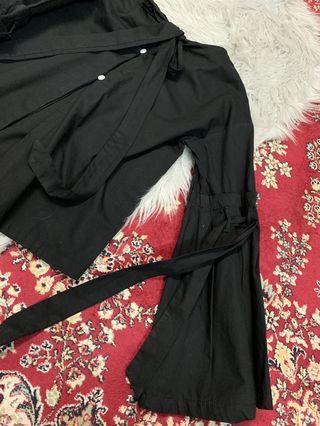 Black bow top