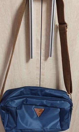 🚚 女用側背包9成新