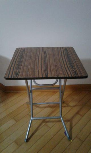 LAST DAY SALE! 最後大拍賣! 折枱Foldable Table