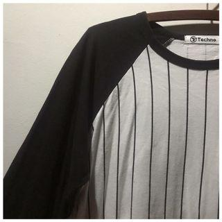 [black/white] baseball stripes shirt