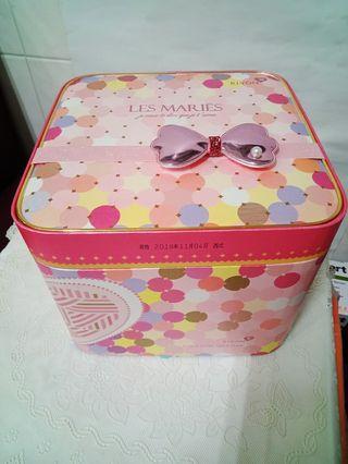 🚚 💝緋色心印💝糖果&喜餅禮盒 化妝品禮盒 收納盒(二手空盒)