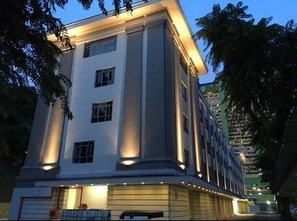 90 Eu Tong Sen Street
