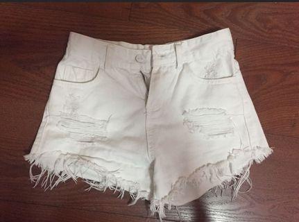 Hws Ripped White Denim Shorts