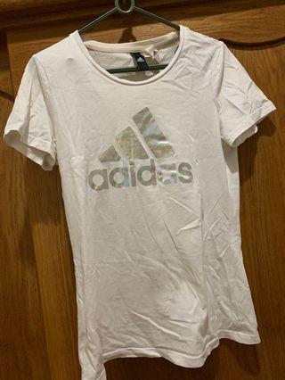 Adidas短袖