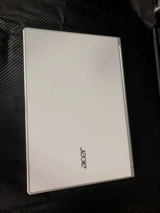 二手宏碁 Acer Aspire S7 13.3 吋輕薄 小巧好攜帶的 Ultrabook
