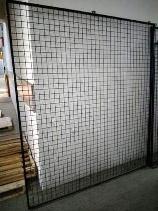 掛牆鐵網帶鐵框1