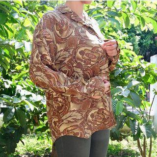 Kemeja motif batik