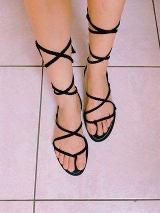Bershka 綁帶羅馬涼鞋黑色-全新正品
