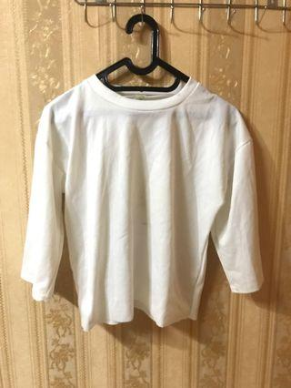 bigsize white 7/8 crop top
