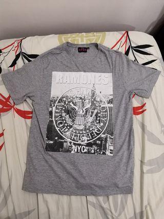 Ramones Grey T-shirt   L size