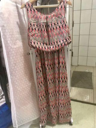 🚚 圖騰長洋裝