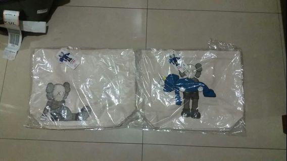 XX Kaws Combo Tote Bag New With Tag Uniqlo