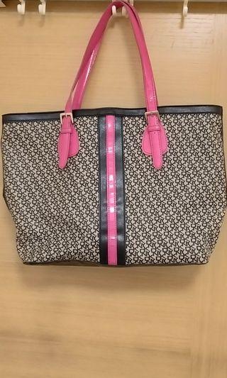 DKNY handbag 手挽袋