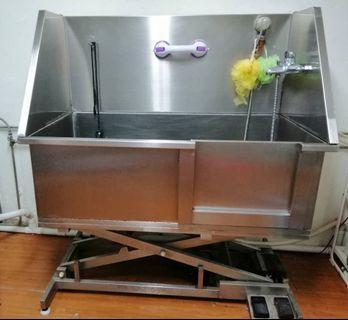 🚚 Pet Grooming Bathtub