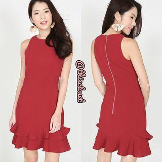 BN MDS Mermaid Hem Dress in Red