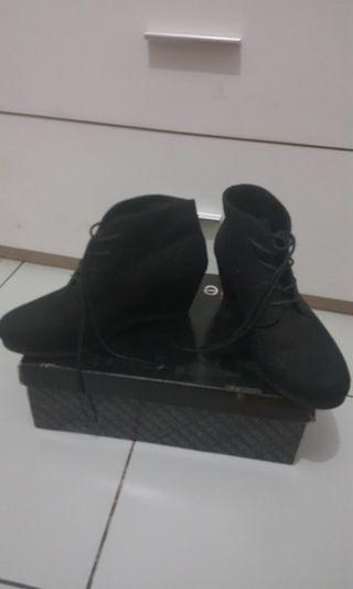 Sepatu Boot uk 38/39