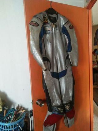 Suit racing cuprix