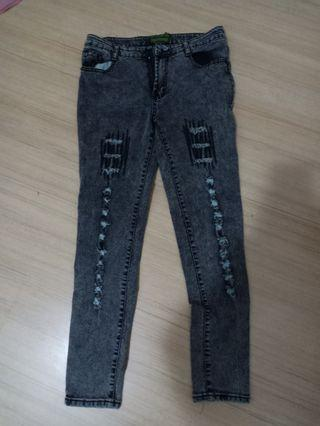 Ripped jeans #Carouselland