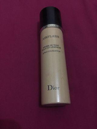 Dior Skin Airflash Spray Foundation