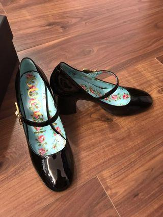 Gucci vernice crystal shoes