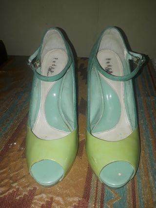 Pedro tosca wedges