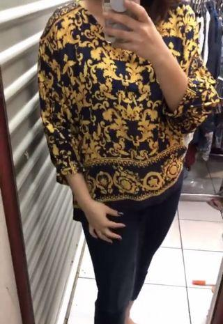 bigsize jumbo navy gold top