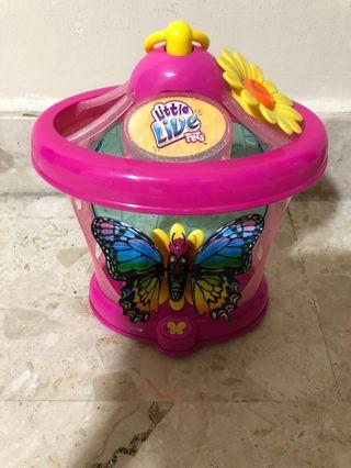 🚚 Little Live Pets Butterfly