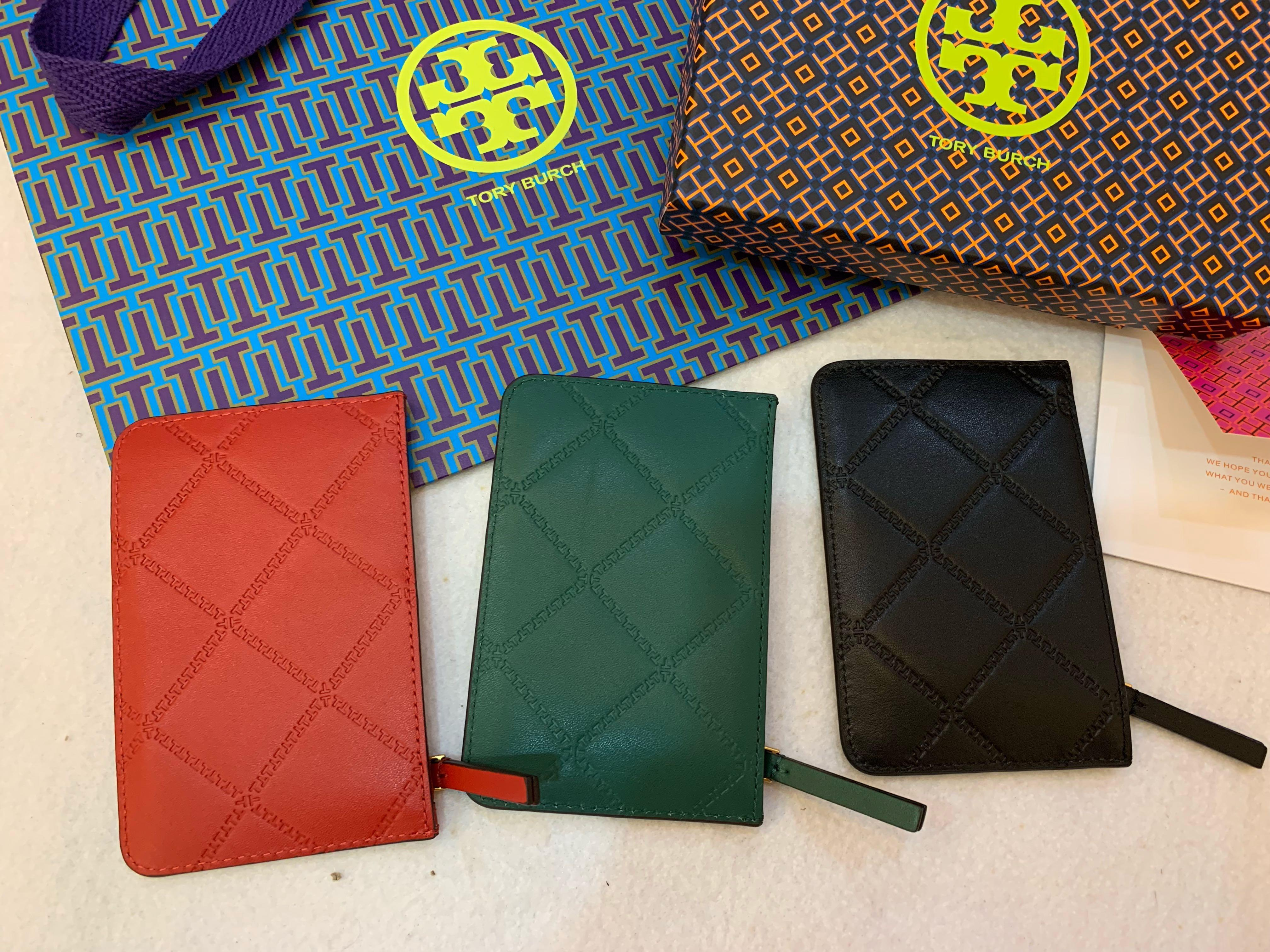 Authentic Tory Burch women card holder with zip ready stock