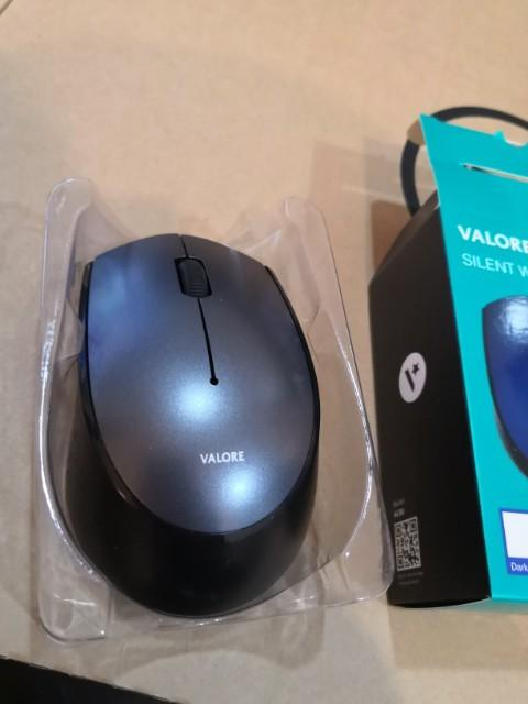 BRAND NEW wireless mouse for sale (Price Dropped)