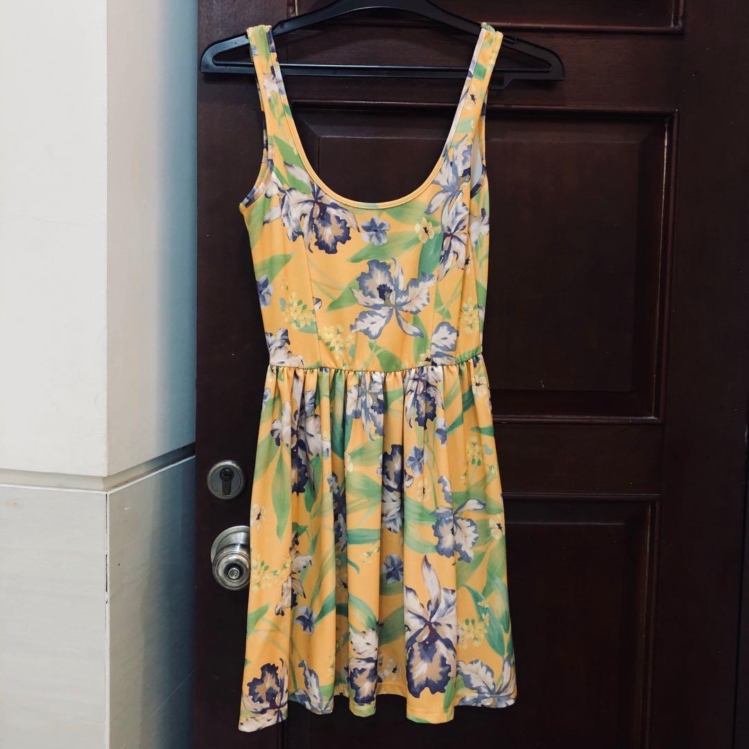 Preloved ZARA floral summer dress
