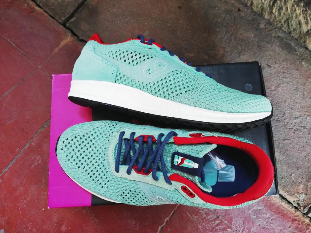 on sale 2d2ce 3d052 Saucony Shadow 5000 EVR x Solebox 'Minty Fresh' on Carousell