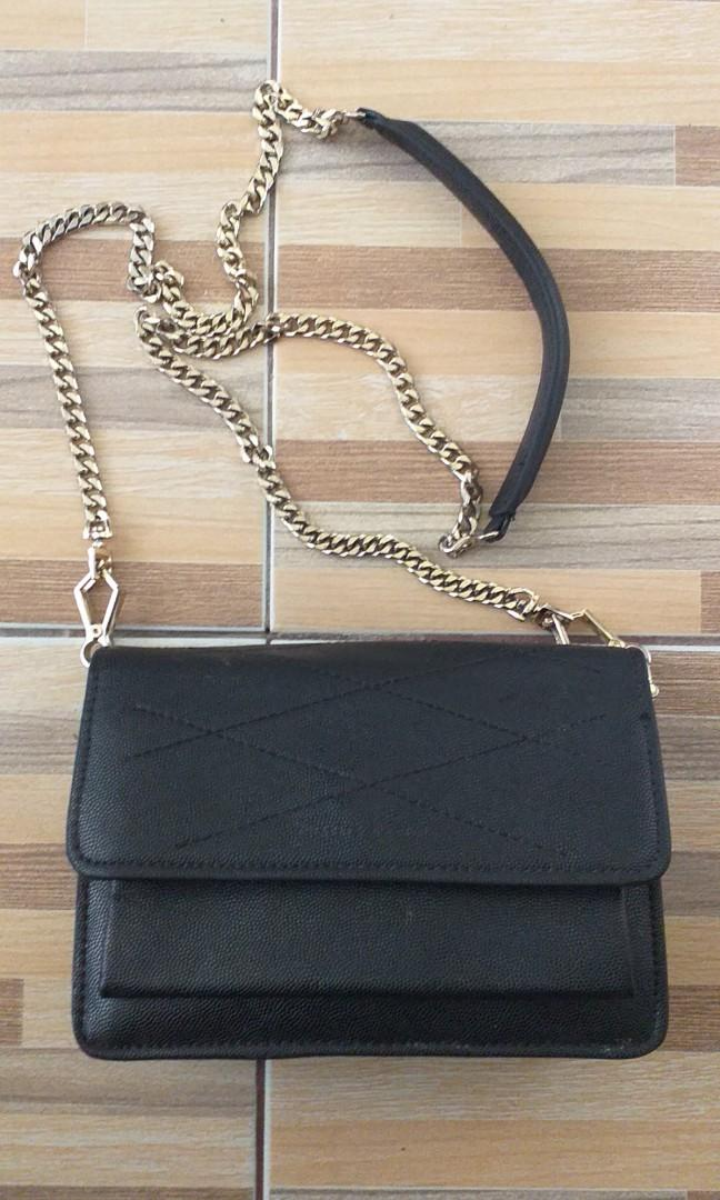 Sling bag Charles & Keith original