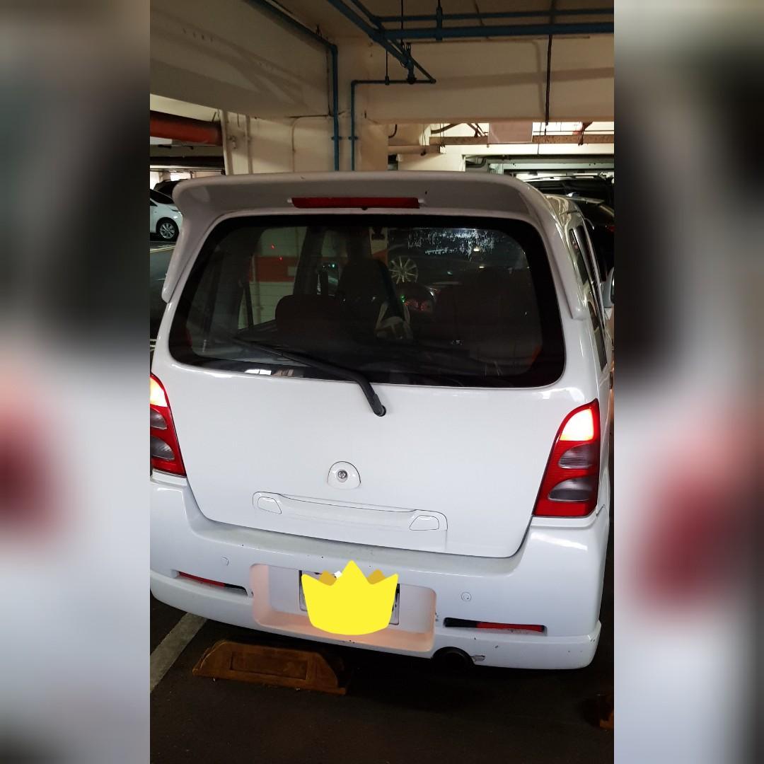 Suzuki solio GLX黑白
