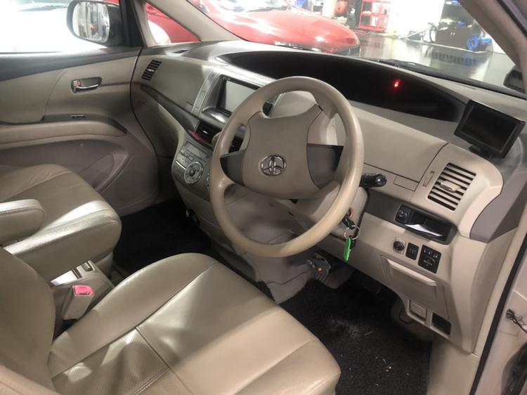 Toyota Previa 2.4 Super Deluxe 7-seater Classic Auto