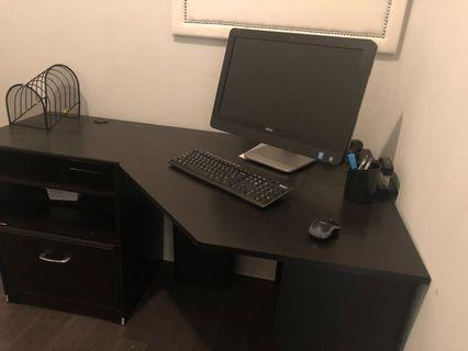 Great corner desk