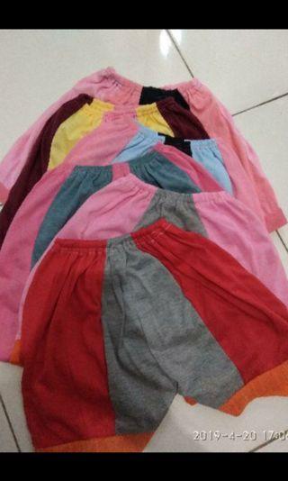 Celana harian / Celana ompol pendek