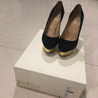 NO NEGO Charlotte olympia original suede pump! Complete set with box and dustbag. Very good condition