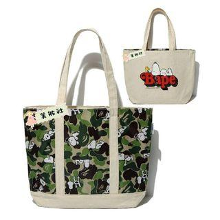 『 SNOOPY in SEASONS 』Play Time with PEANUTS! ( 史努比×APE迷彩雙面Tote bag ) ($60)