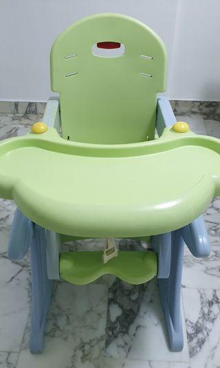 🚚 Baby 2 in 1 High Chair