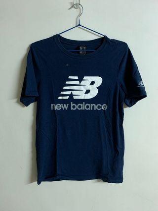 New balance 短袖 男版 S號 有髒污