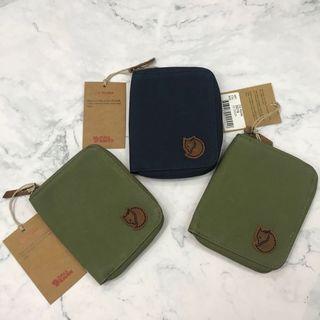 Fjallraven Zip Wallet Navy / Green