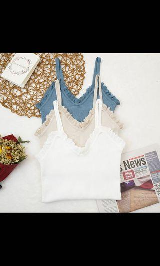 Lace knitted TOP in carmel