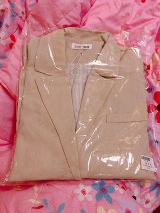 內條紋三釦袖西裝外套(杏色)