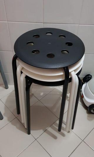 LAST 2 DAYS SALE! 最後兩日大減價! - 4個凳子 4 stools